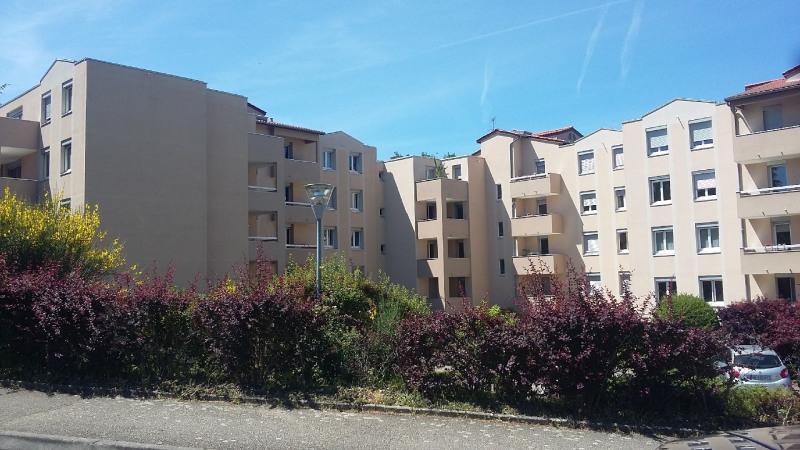 Sale apartment Ste foy les lyon 135000€ - Picture 1