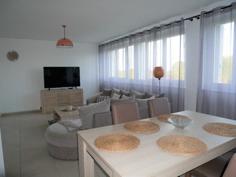 Sale apartment Carrieres sous poissy 220 000€ - Picture 6