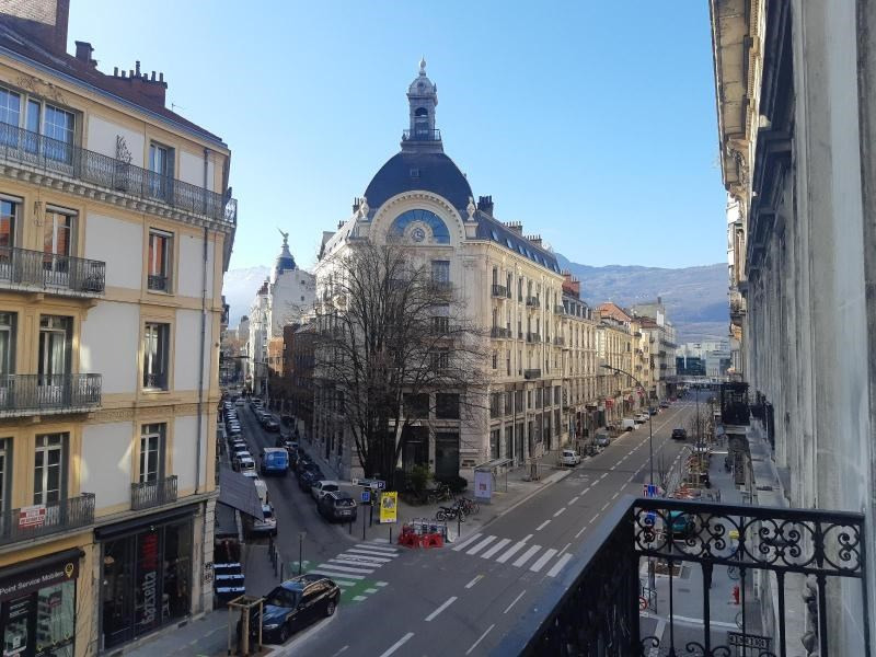 Location appartement Grenoble 900€ CC - Photo 2