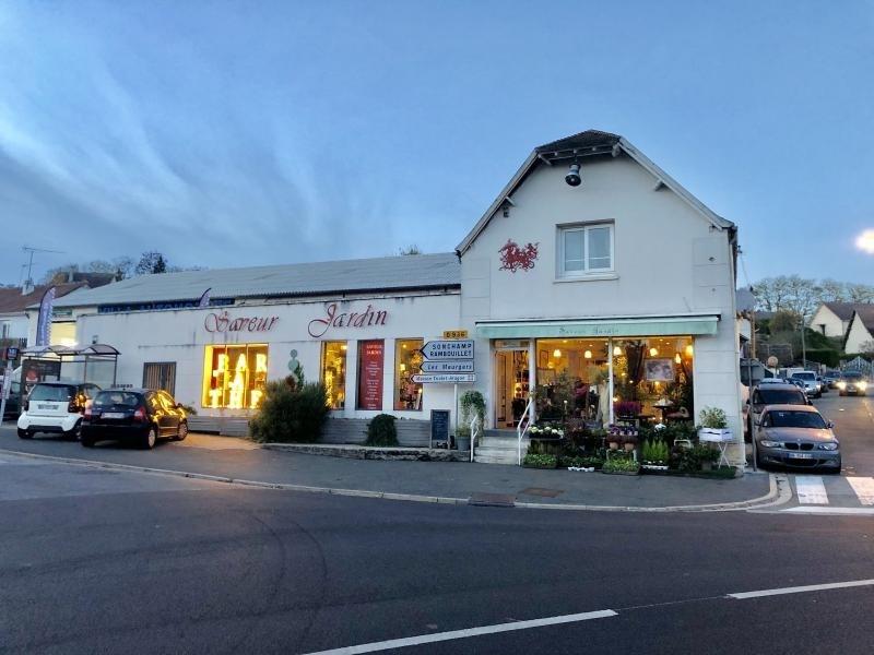 Commercial property sale shop St arnoult en yvelines 157500€ - Picture 1
