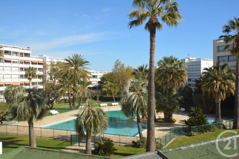 Vente appartement Antibes 245 000€ - Photo 1