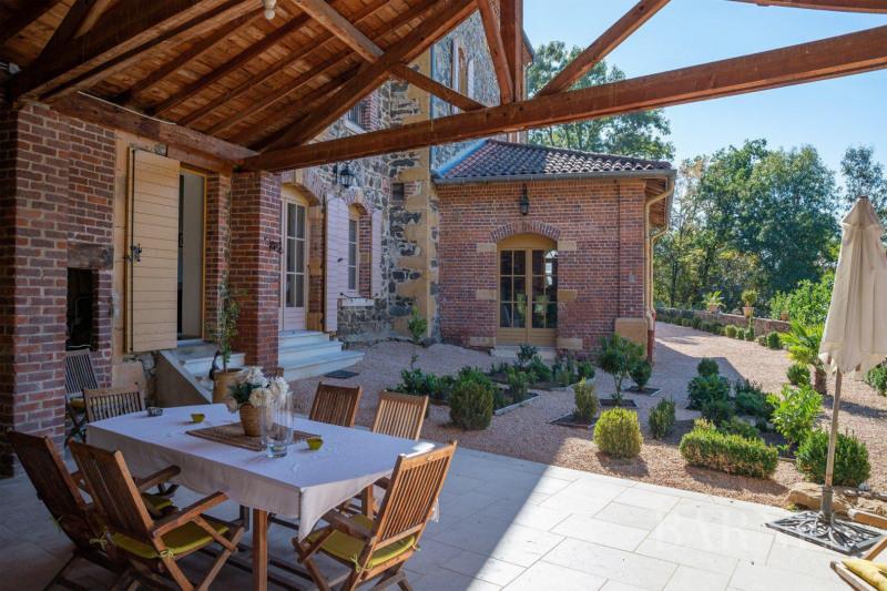Deluxe sale house / villa Saint-vérand 790000€ - Picture 9