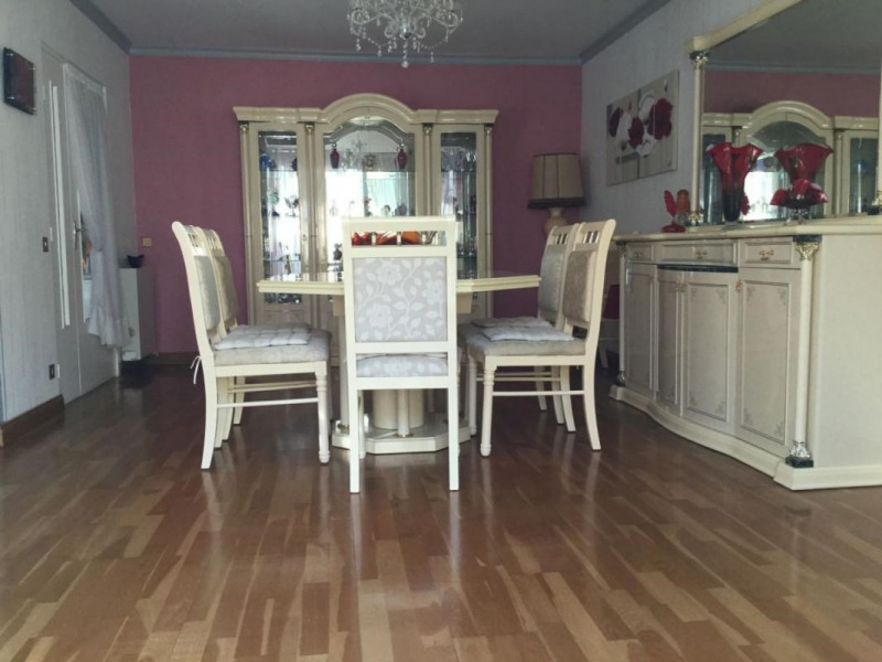 Sale house / villa Lisieux 197400€ - Picture 3