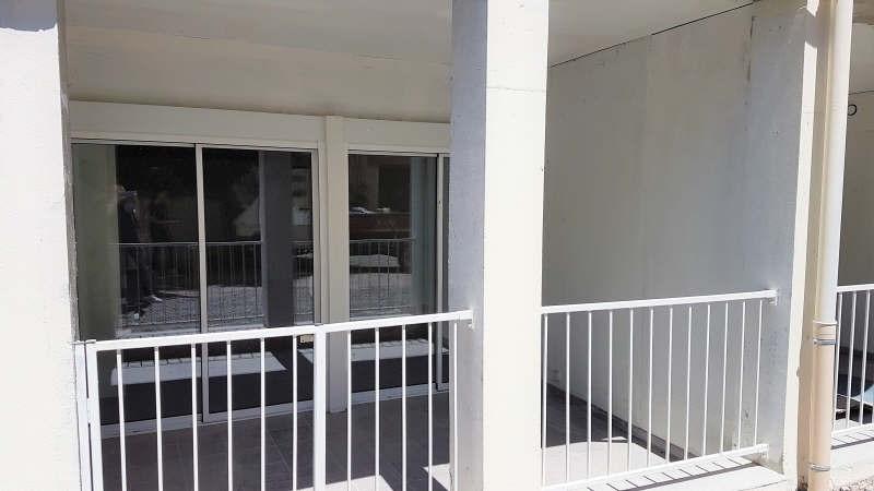 Vente appartement Vals-les-bains 100000€ - Photo 2