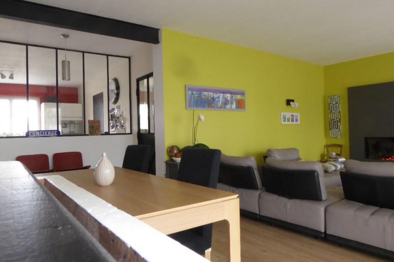 Deluxe sale house / villa Perigny 693000€ - Picture 1
