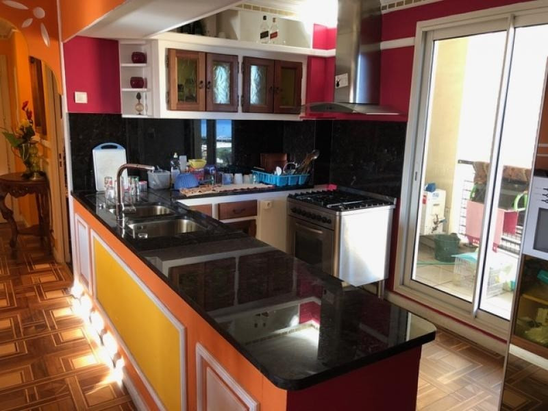 Sale apartment Sainte clotilde 240 000€ - Picture 2