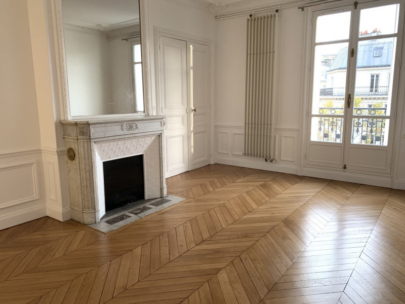 Location appartement Paris 17ème 4 186€ CC - Photo 5