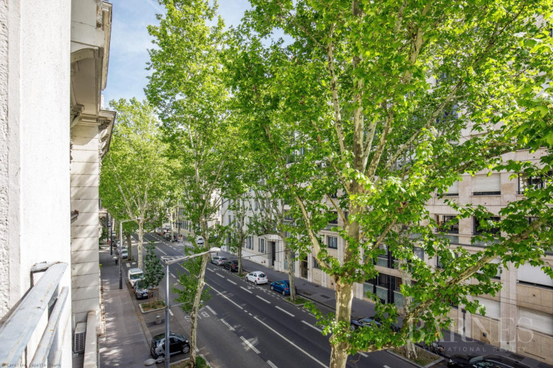Tête D'Or - Family apartment of 150 sqm - 3 bedrooms - Garage in