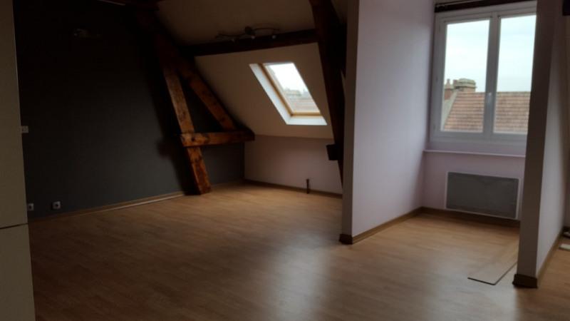 Sale apartment Beauvais 132000€ - Picture 2
