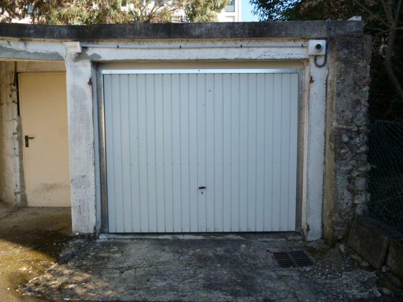Location parking Tarbes 62€ CC - Photo 1