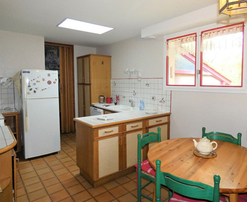 Sale house / villa St sulpice et cameyrac 379600€ - Picture 5