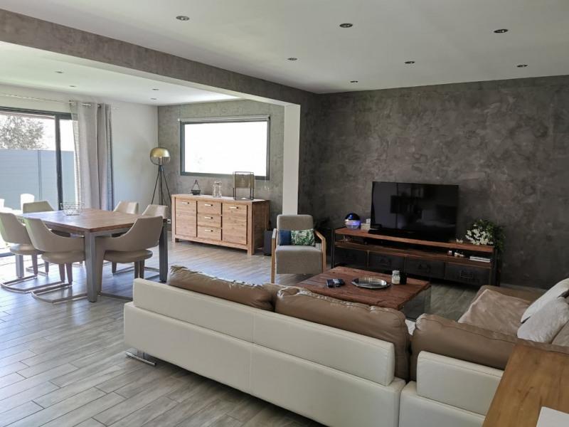 Sale house / villa Gignac la nerthe 380000€ - Picture 3