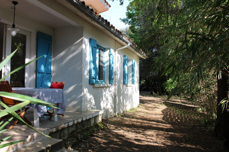 Vacation rental house / villa Saint georges de didonne 1 172€ - Picture 1
