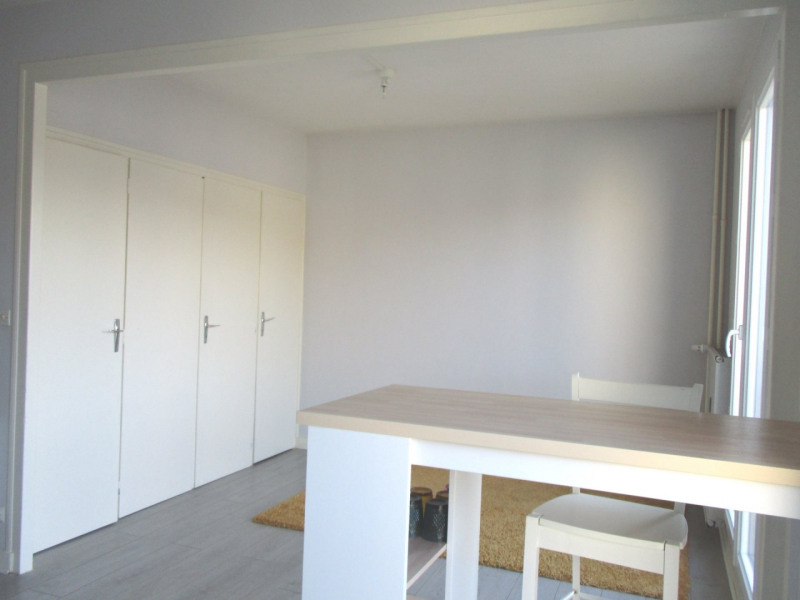 Location appartement Angoulême 350€ CC - Photo 1