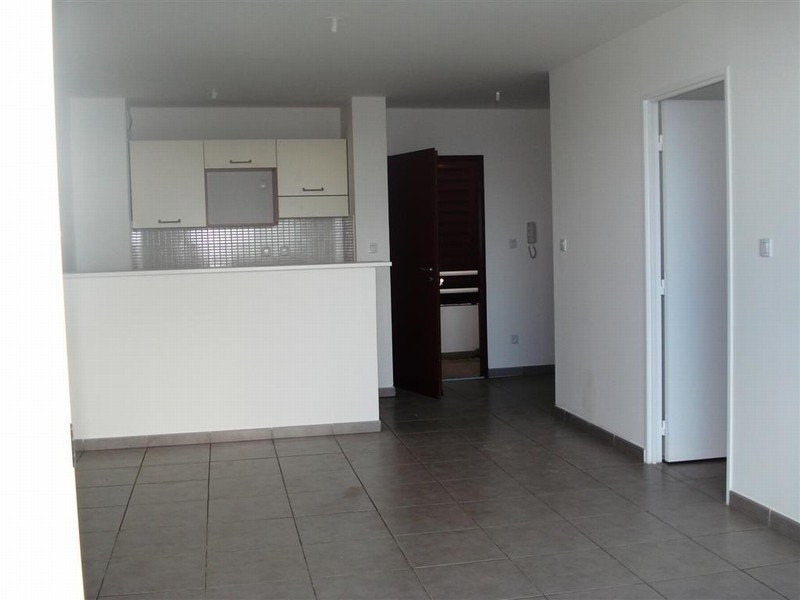 Location appartement Ste clotilde 600€ CC - Photo 3