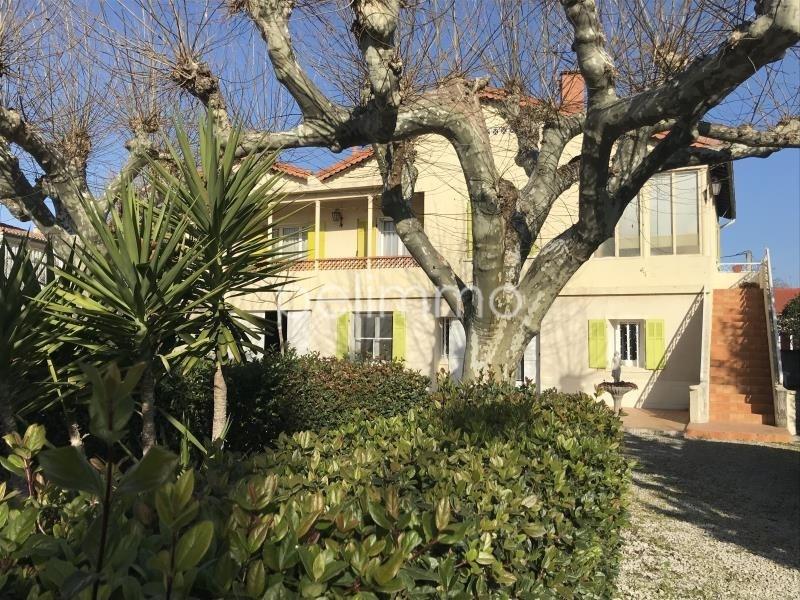 Sale house / villa Salon de provence 446000€ - Picture 1