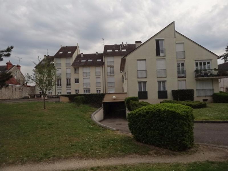 Sale apartment Montargis 64500€ - Picture 1