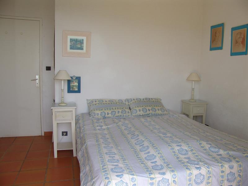 Location vacances maison / villa La croix valmer 770€ - Photo 9