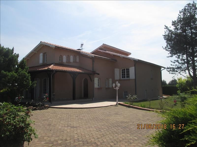 Sale house / villa Finhan 390 000€ - Picture 1