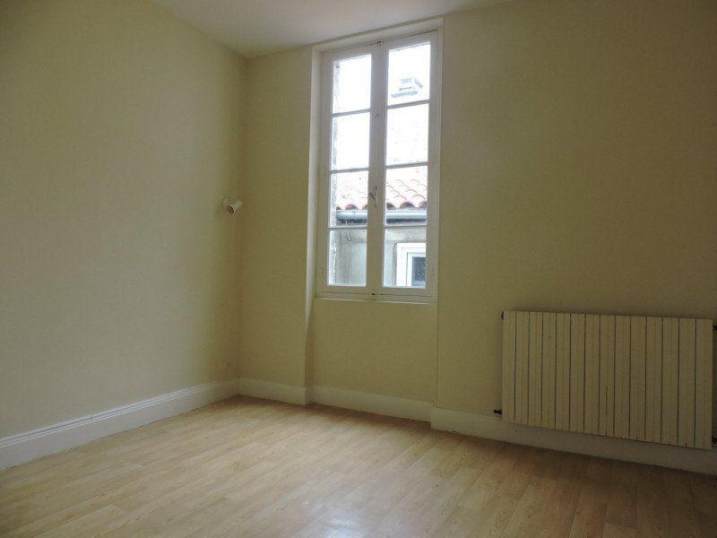 Location appartement Agen 570€ CC - Photo 2