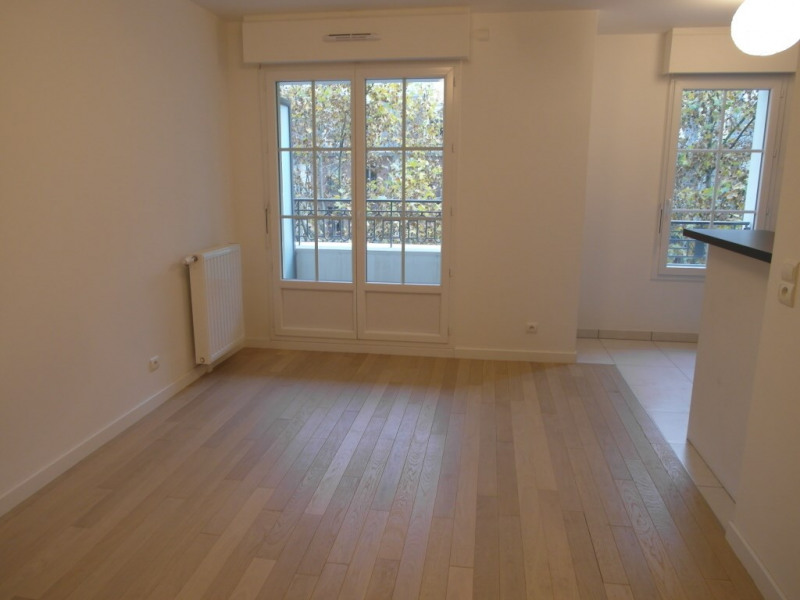 Rental apartment La garenne-colombes 1 268€ CC - Picture 4