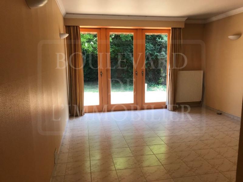 Sale house / villa Neuville en ferrain 230000€ - Picture 3
