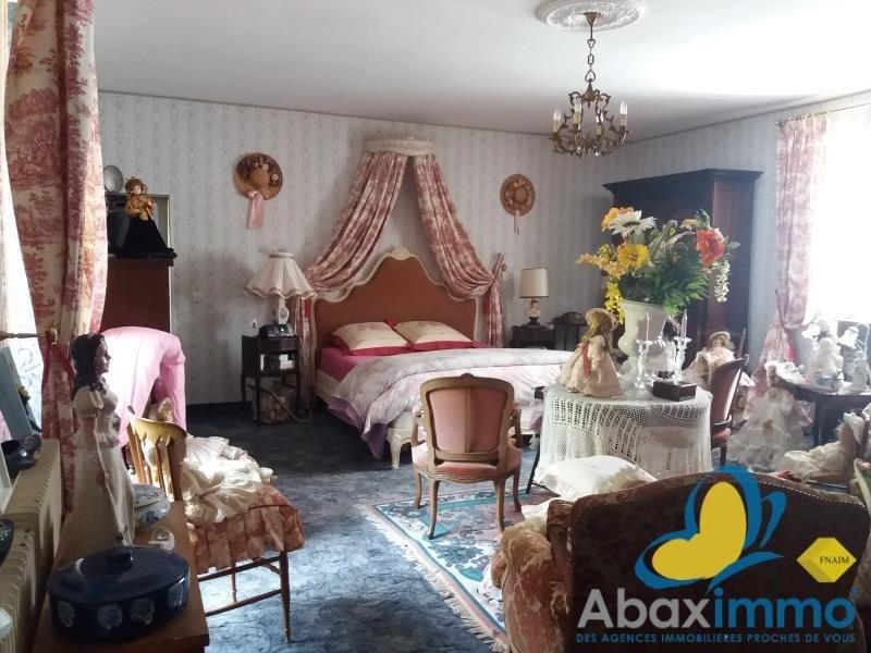 Sale house / villa Grainville langannerie 316500€ - Picture 4