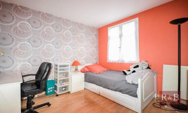 Sale house / villa Plaisir 305000€ - Picture 6
