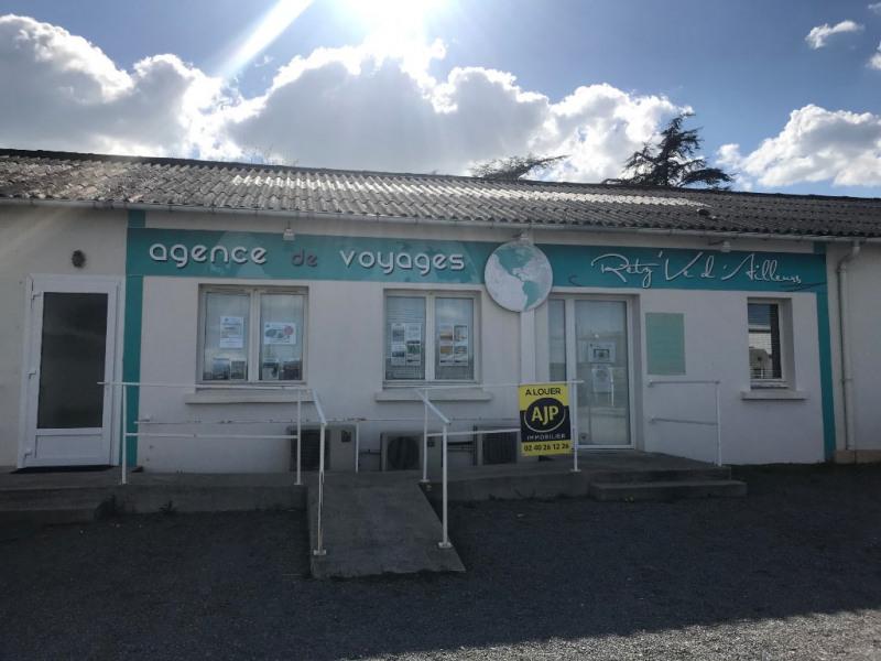 Location boutique Ste pazanne 750€ HC - Photo 1