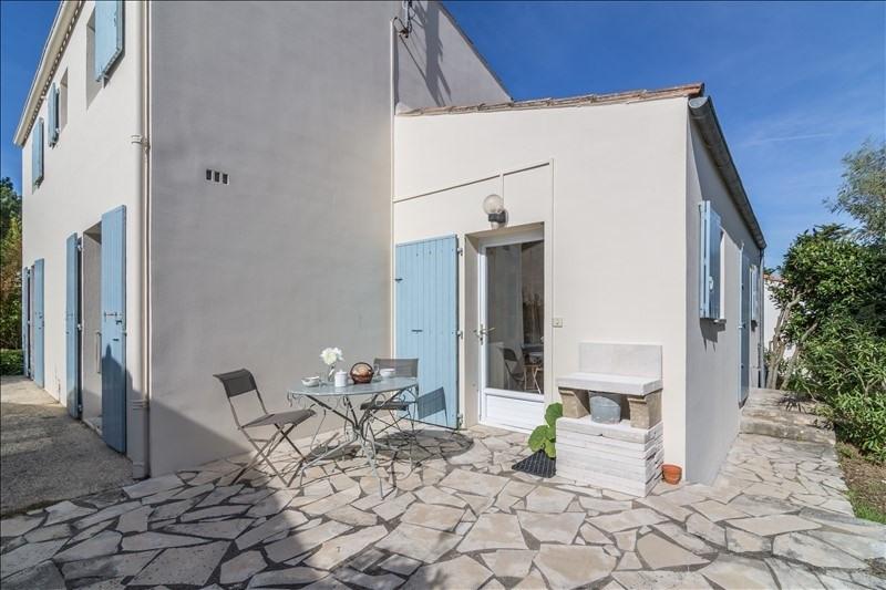 Deluxe sale house / villa La flotte 695000€ - Picture 2