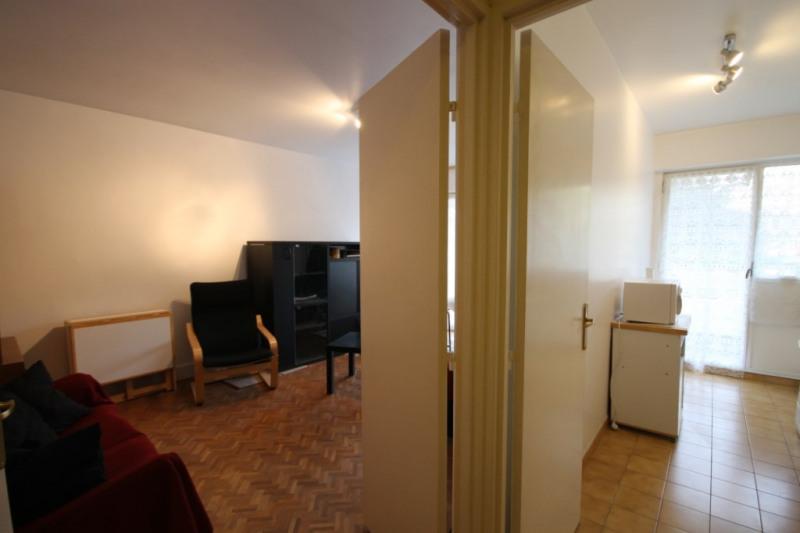Locação apartamento Paris 15ème 1300€ CC - Fotografia 3