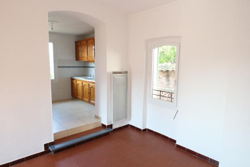 Sale apartment Puget sur argens 130000€ - Picture 1