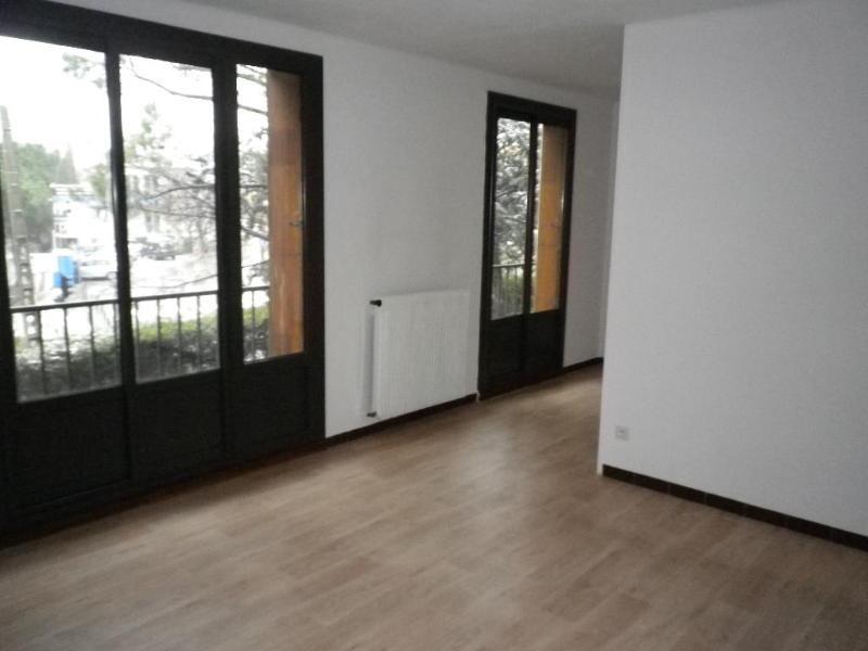 Location appartement Aix en provence 913€ CC - Photo 3