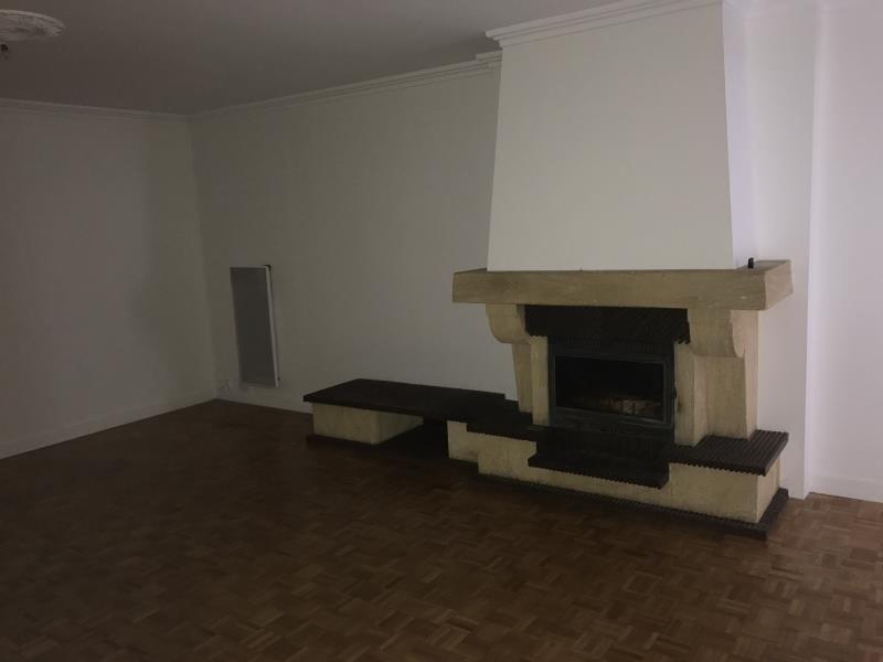 Location maison / villa Poitiers 950€ CC - Photo 3