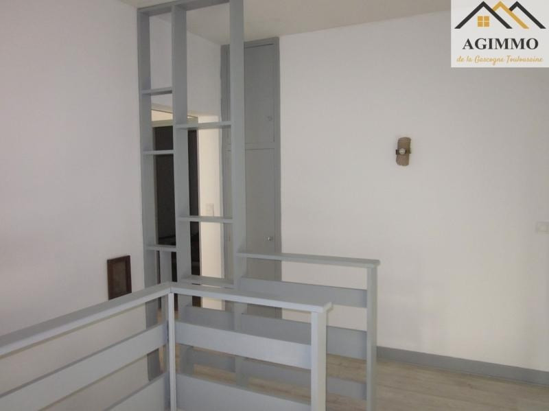 Sale apartment L isle jourdain 195000€ - Picture 3
