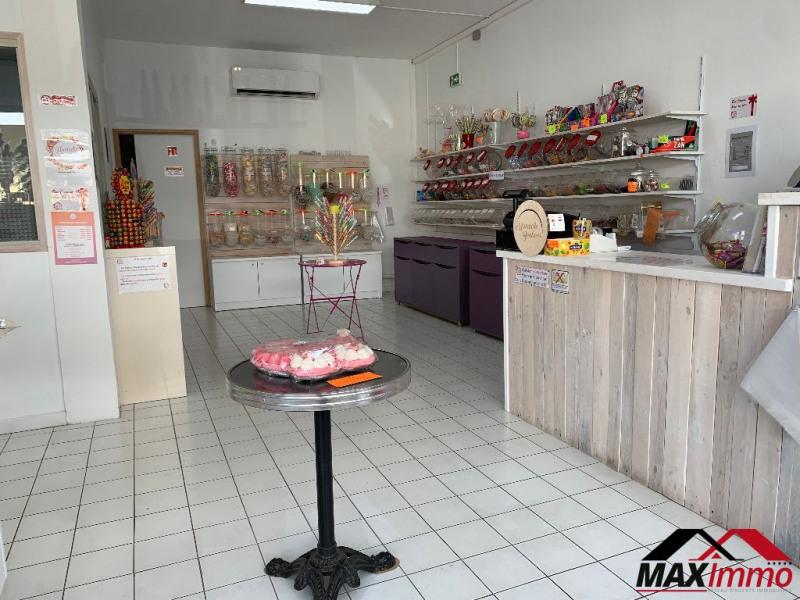 Location local commercial Saint pierre 1476€ HC - Photo 2