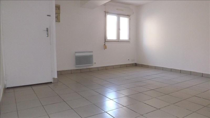 Location appartement Nanteuil les meaux 405€ CC - Photo 1