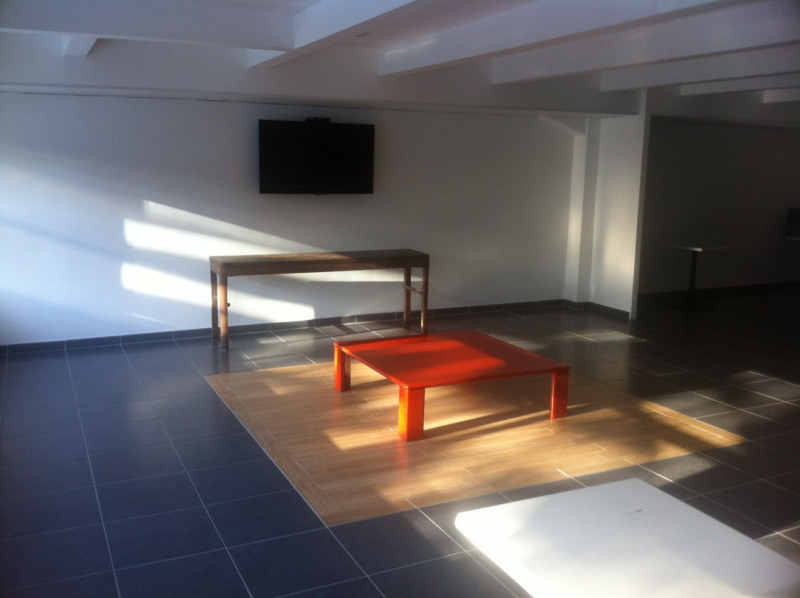 Location local commercial Bezons 3 433€ HC - Photo 6