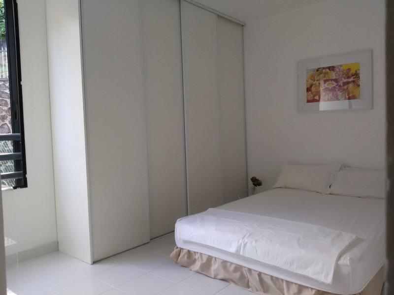Sale apartment St denis 169500€ - Picture 3