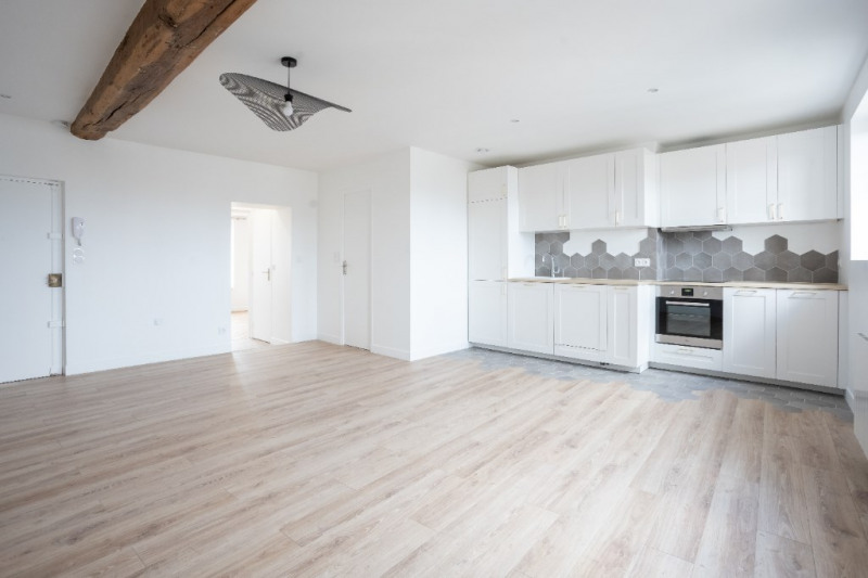 Rental apartment Saint germain en laye 2050€ CC - Picture 1