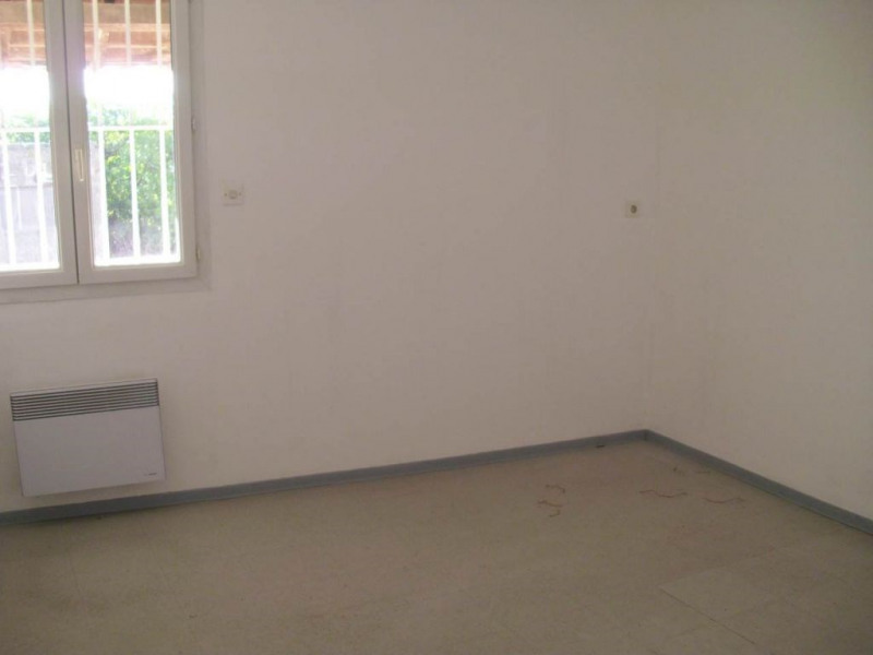Location local commercial Entraigues sur la sorgue 800€ HC - Photo 5