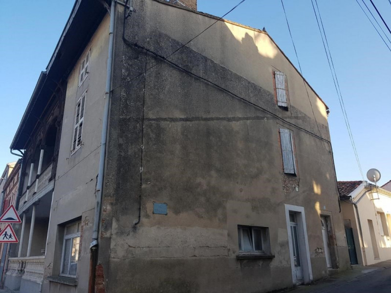 Sale building Graulhet 47 000€ - Picture 1