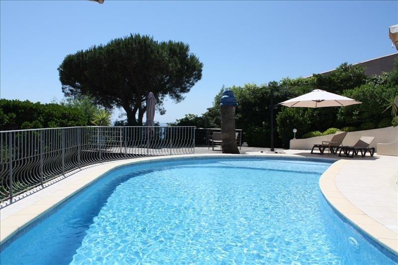 Deluxe sale house / villa Les issambres 1550000€ - Picture 2