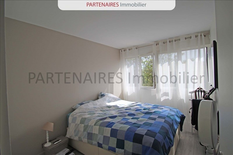 Rental apartment Le chesnay 1533€ CC - Picture 4