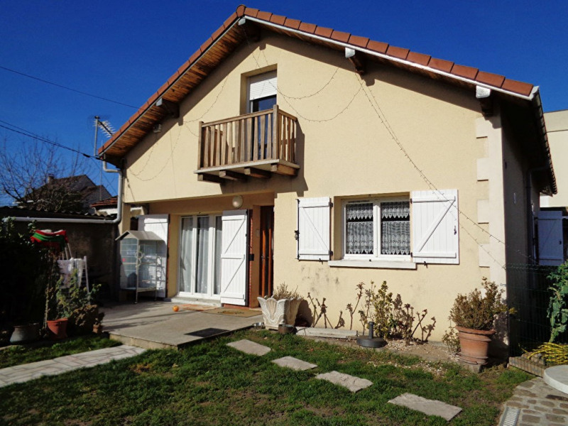 Sale house / villa Livry gargan 335 000€ - Picture 1