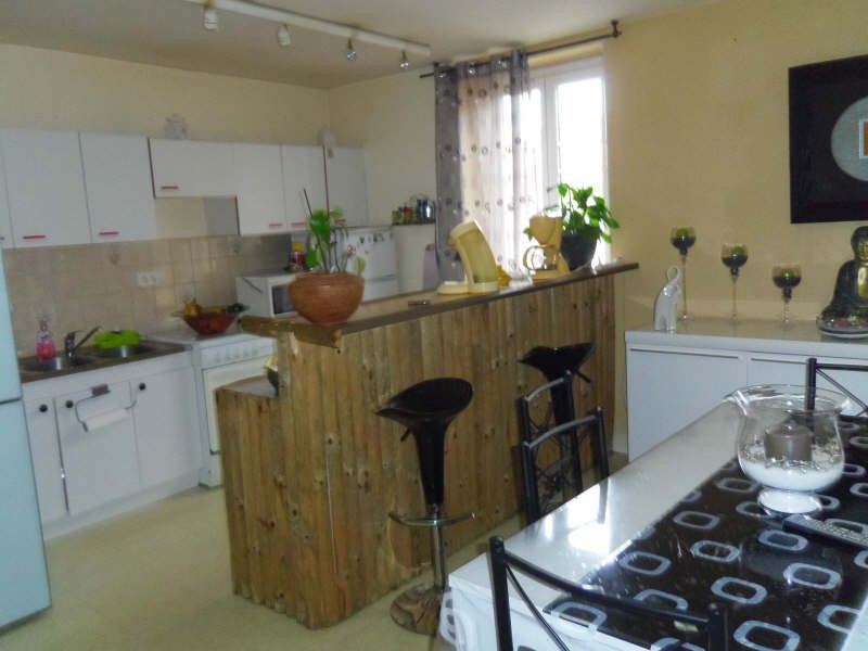 Rental apartment Gerzat 654€ CC - Picture 4