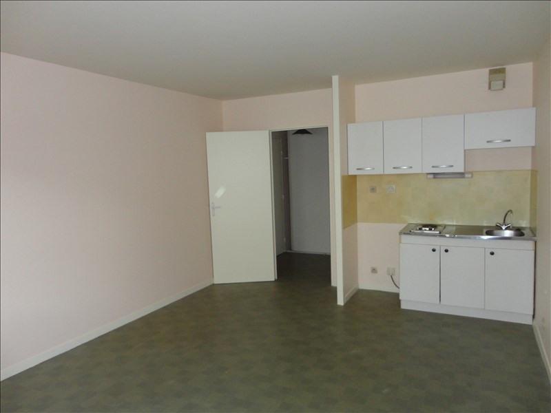 Rental apartment Creil 430€ CC - Picture 3