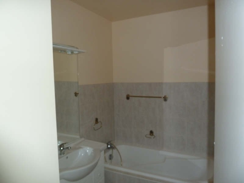 Rental apartment Andresy 852€ CC - Picture 5