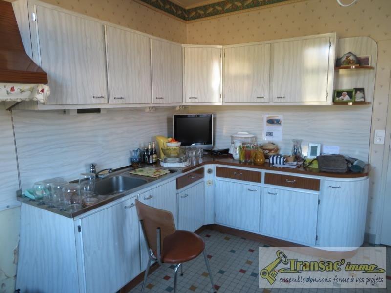 Sale house / villa Puy guillaume 62130€ - Picture 4