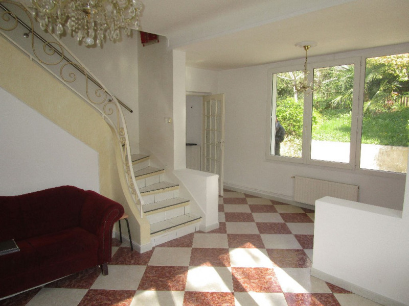 Sale house / villa Marly le roi 895000€ - Picture 1